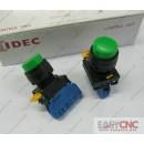 YW1B-M2E10G YW-E10 IDEC control unit switch green new and original